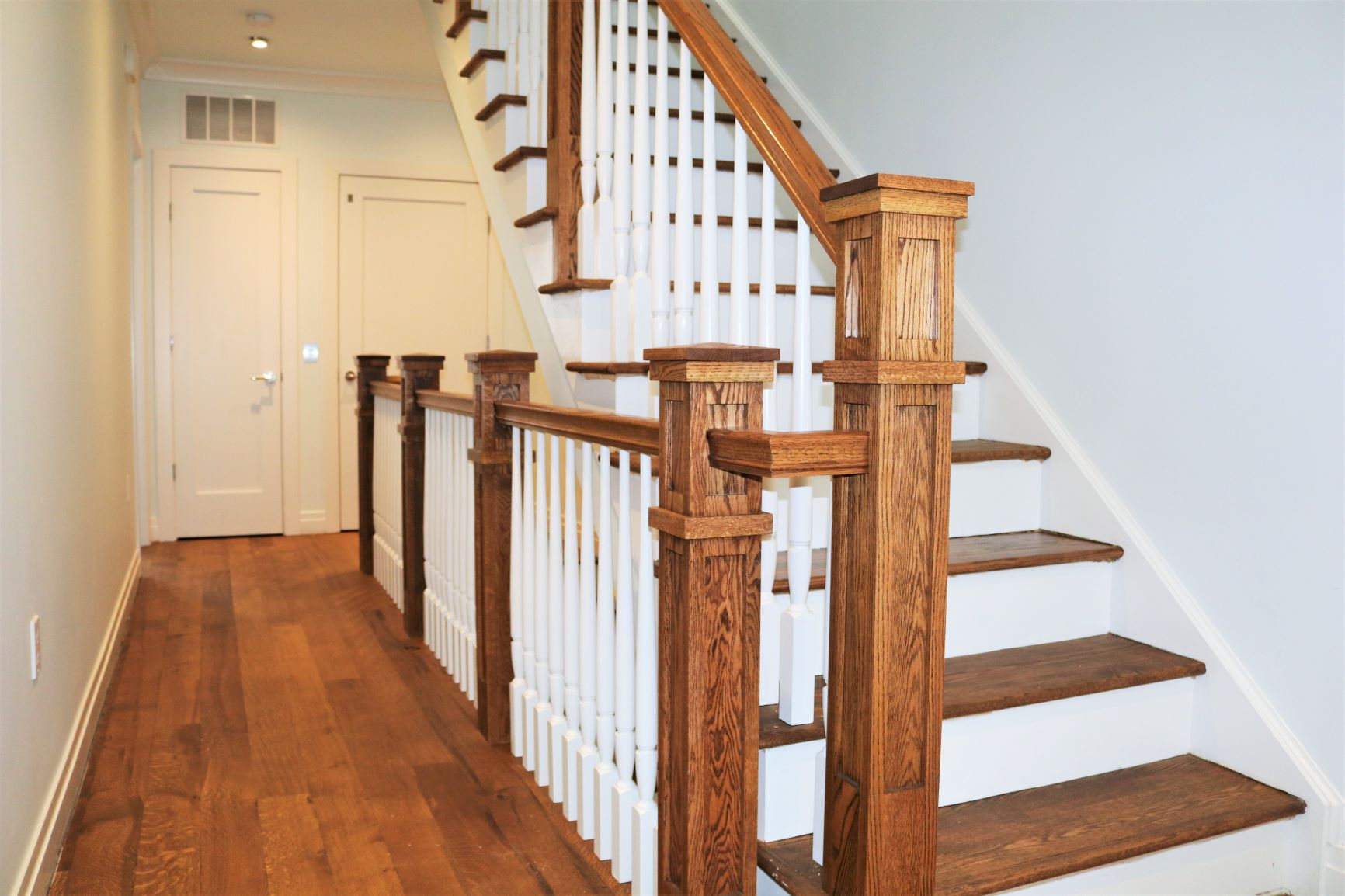 Alexandria-wood-tapered-balusters-1