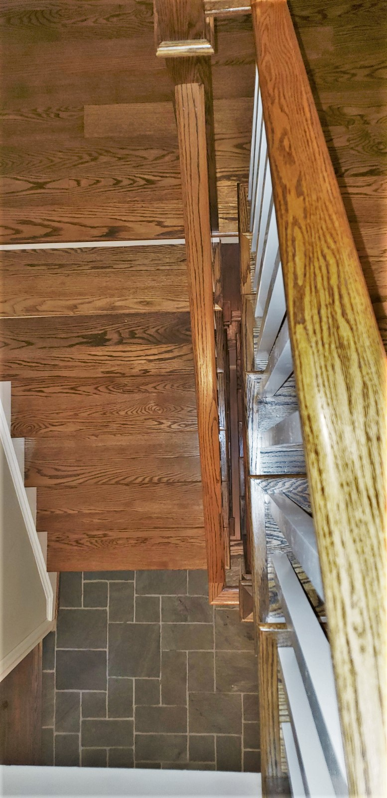 Oak Stairway Rails and Posts