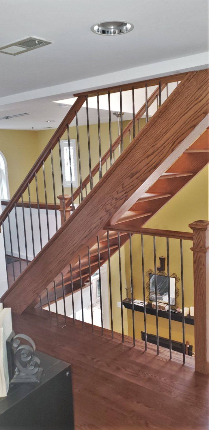 Floating Stairway Stainless Steel Balusters - Oak